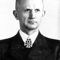 Ki kicsoda - Karl Dönitz (1891-1980) [40.]