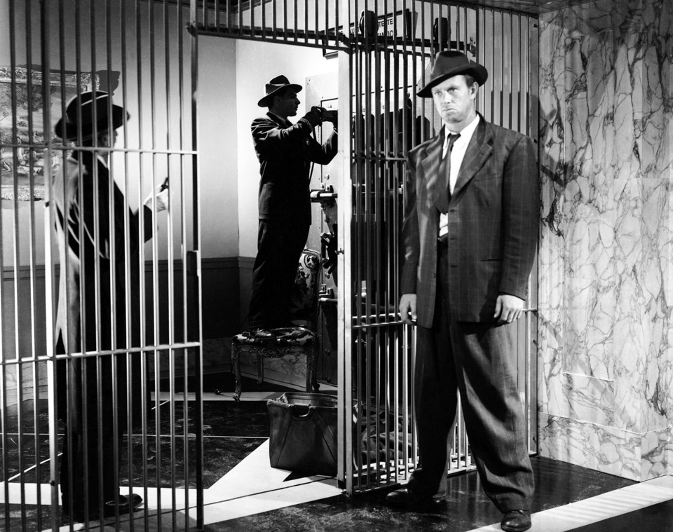 ac_ccsub_film_1220_courtesyofthecriterioncollection_5a37cd73aace2.jpg