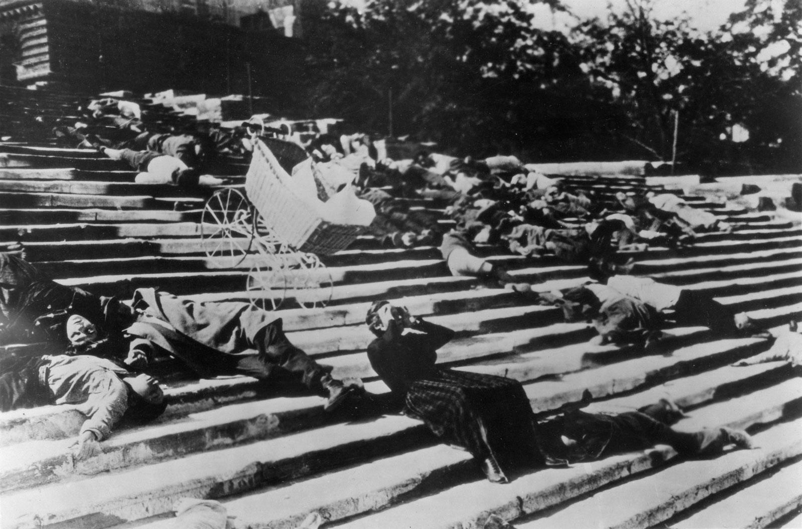 scene-battleship-potemkin-sequence-the-odessa-steps.jpg