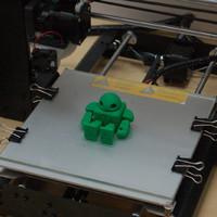 Forgatható robot modell