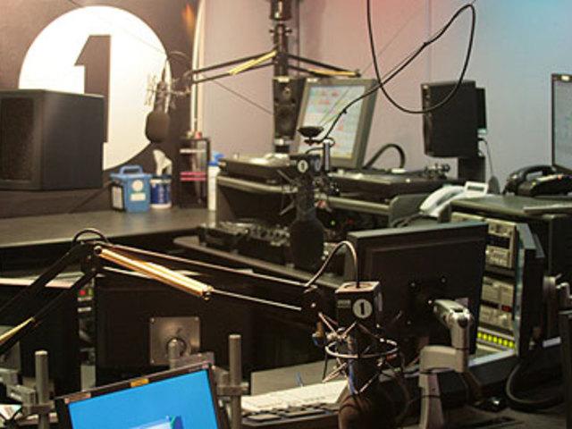 Elég nagy gonddal küzd a BBC Radio 1! Nézd meg mire int ez titeket!