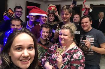 """""""Ha mi tudunk örömmel dolgozni, az a hallgatóinkra is átragad és ez fantasztikus érzés"""" - igazi karácsonyi szeretet a rádióból"""