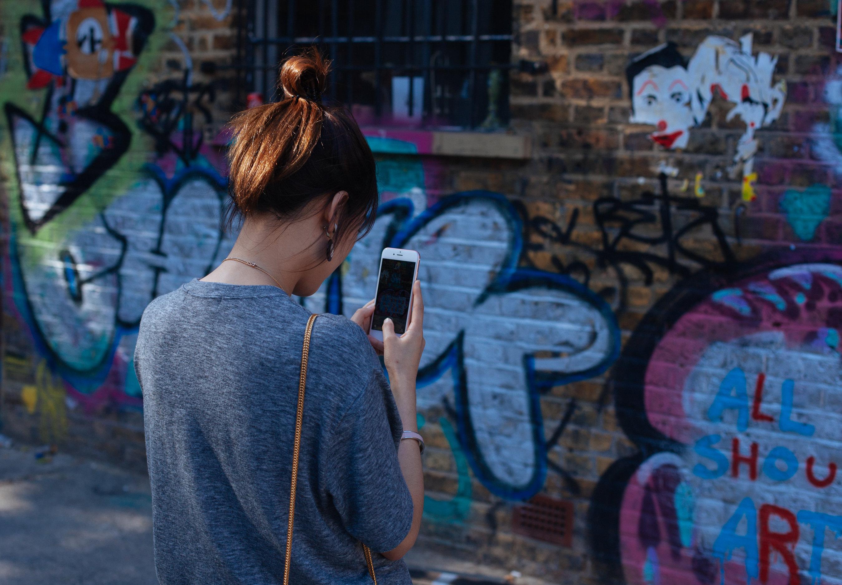 Hány magyar mobilnetezik? És ez miért fontos a rádiósoknak?