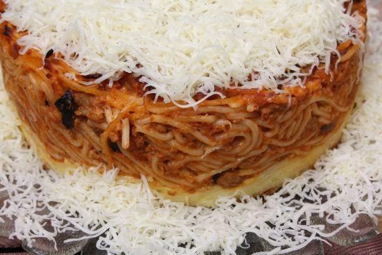 Hírcsokor spagettitortához