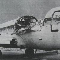 Az Aloha Airlines 243-as járatának katasztrófája.