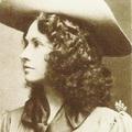 Annie Oakley mesterlövész nő.