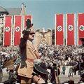 A Harmadik Birodalom monumentális pillanatai színesben, Hugo Jaeger munkáiból.