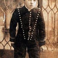 Híres emberek gyerekkori képei.