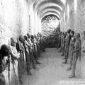 A mexikói Guanajuato hátborzongató múmiái az 1950-es években.