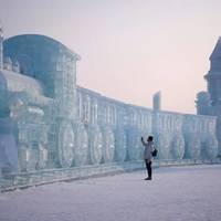 Csodálatos fotók a harbini jégfesztivál alkotásairól.