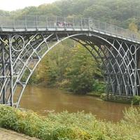 Az Iron Bridge.