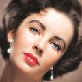 Egy genetikai betegség okozta Elizabeth Taylor szépségét
