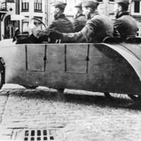 Furcsa kivitelezésű régi járművek