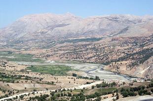 Istenek szobrai a Nemrut-hegyen