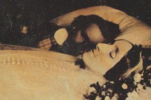 Hátborzongató fotók halott szeretteikkel fotózkodtak a viktoriánus korban.