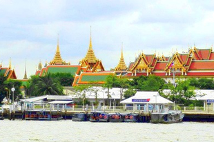 A Nagy Palota épületegyüttese Bangkok-ban