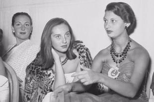 A 15 éves Sophia Loren az 1950-es Miss Olaszország szépségversenyen.