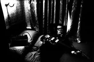 30 fekete-fehér sztárfotó Anton Corbijn-tól.