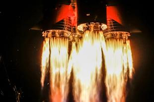 Űrhajók a start után.