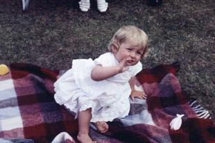 Diana hecegnő fiatalkori fotói.