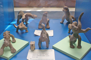 Acambaro - a dinoszaurusz-szobrok a múltból