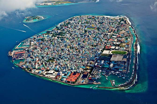 Malé, a Maldív-szigetek fővárosa és legnagyobb városa.