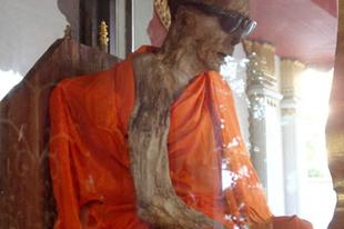 Önmagát mumifikált szerzetesek