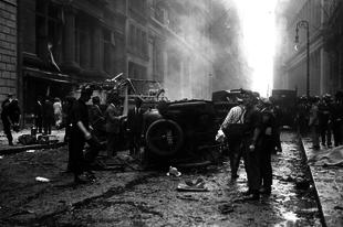 A Wall Street-i robbantás.