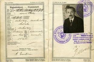 17 híres ember útlevél képe.