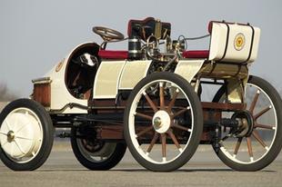 Lohner-Porsche Semper Vivus az első hibrid autó.