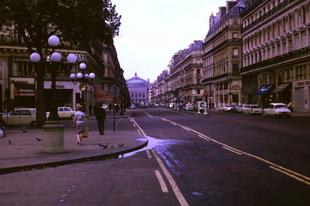 Párizs az 1960-as évek közepén.
