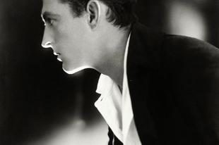 Színészek és hírességek portré képei az 1920 és 1930-as évekből.