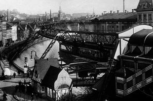 Wuppertal Schwebebahn egysínű vasút
