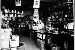 Üzletek belülről, a 20. század elején.