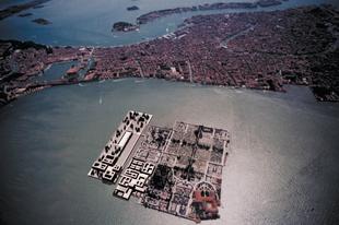 San Michele szigete Velence város temetője.