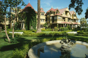 A Winchester Mystery House
