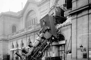 Montparnasse-i vasúti szerencsétlenség ritka fényképeken, 1895