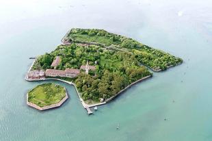 A Poveglia sziget
