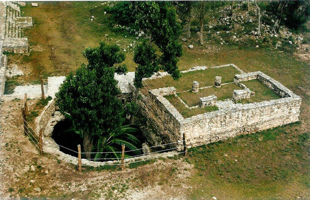cenote_2.jpg