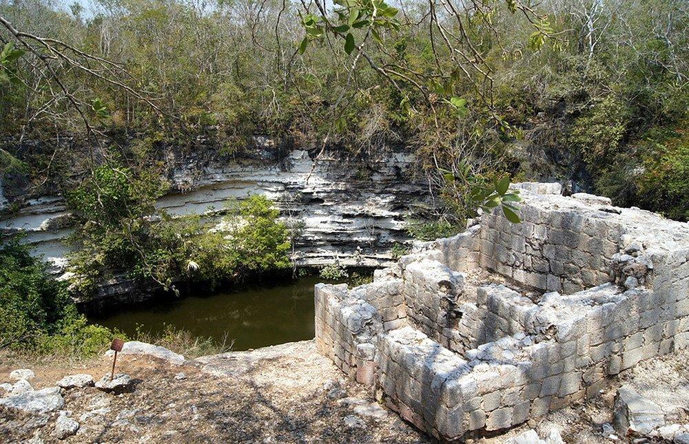 cenote_3.jpg