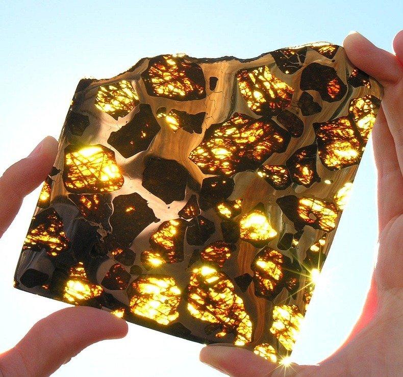 fukang_meteorit_5.jpg