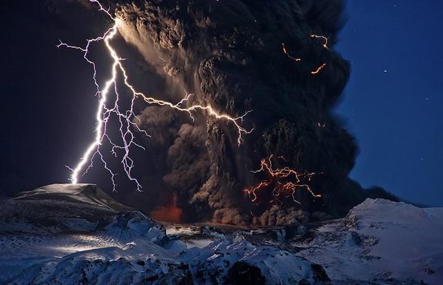 vulkani_villamlas8.jpg