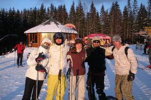 Öt csapattag Bukovelben