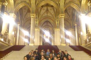 Benedek Elek Raj látogatása a Parlamentben