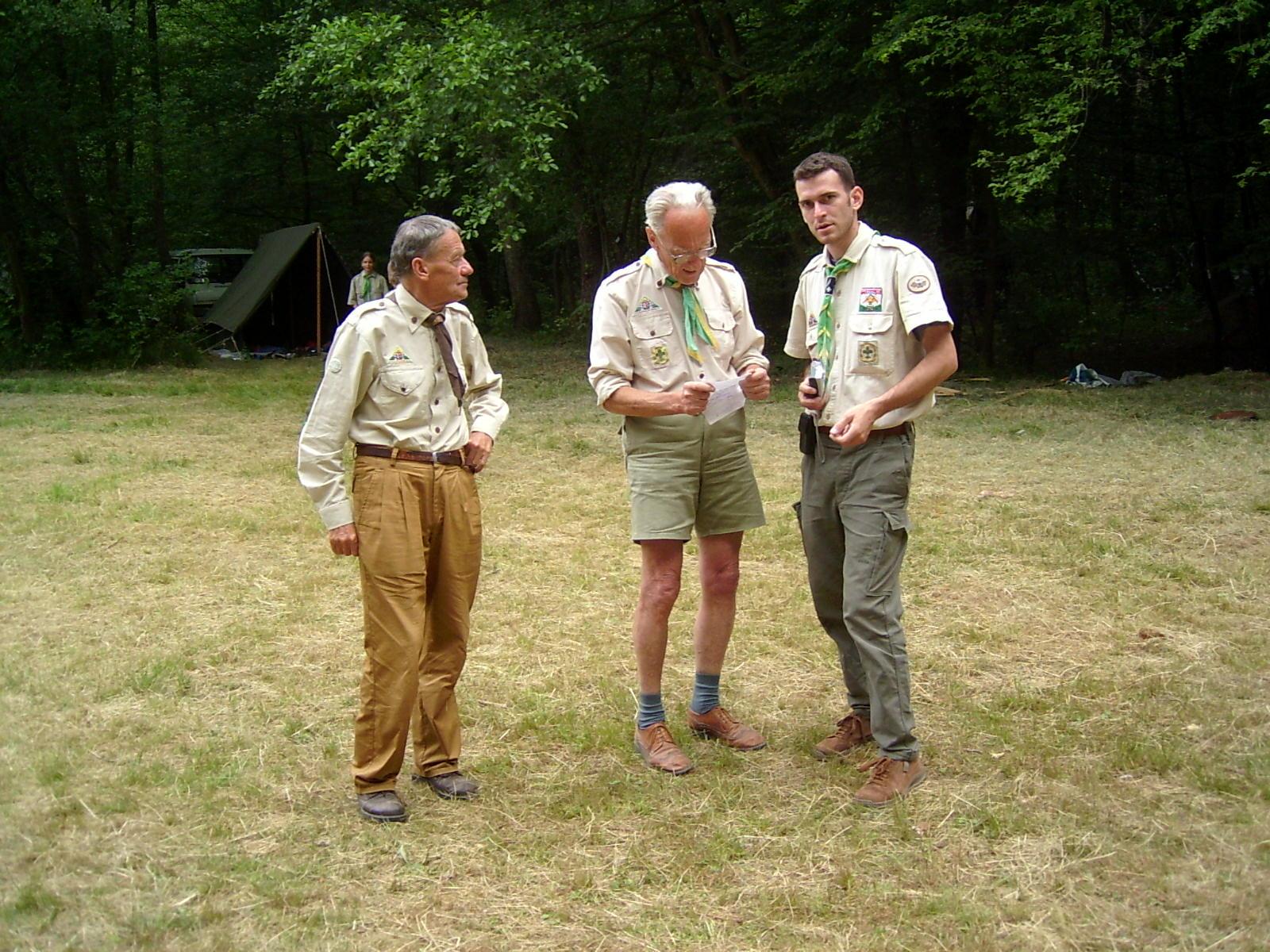 2004-es táborban: Gyurka bá, Herbert bá és Albert