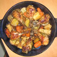 Kajapercek - zöldséggel együtt sült csirkecomb