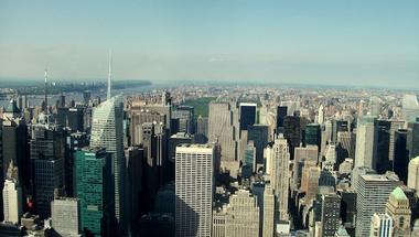 A felhőkarcolók alatt megbúvó divatvilág forgataga