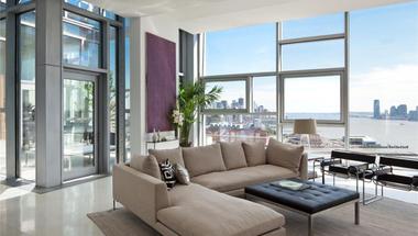Napfényes penthouse Chelsea-ből