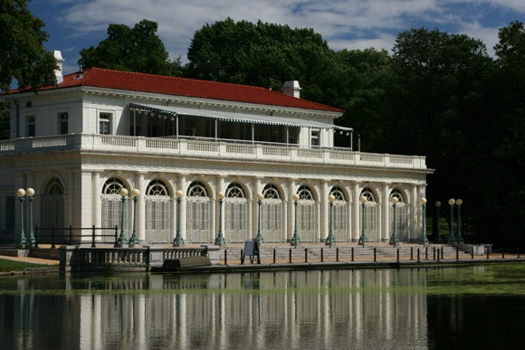 Prospect_Park_Boathouse.jpg
