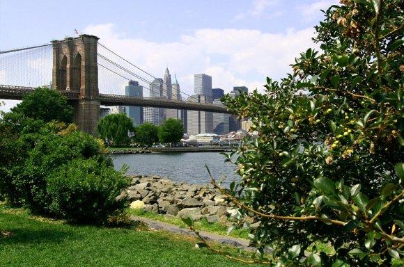 The_Brooklyn_Bridge_Park_by_imaginee.jpg